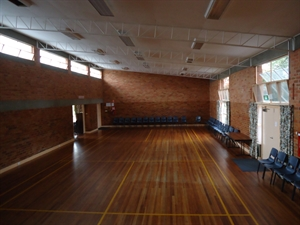 St Catherines Main Hall.JPG